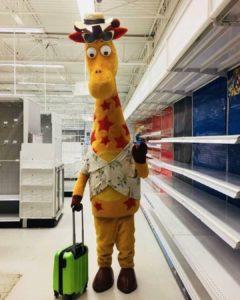 geoffrey giraffe toys r us